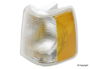 Turn Signal Light Assembly Fits 1990 1995 Volvo 940 740 Mfg Number Catalog