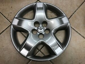 1 New 16 Toyota Matrix Wheel Cover Hollander 61135