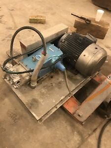 Cat 3535 Triplex High Pressure Pump With 25 Hp 208 460 3phase Electric Motor