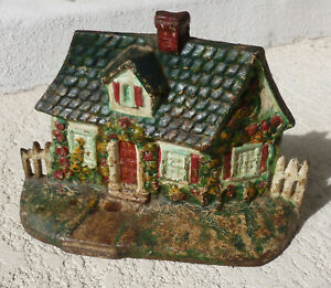 Vtg National Foundry Cast Iron Cape Cod Cottage Picket Fence House Doorstop