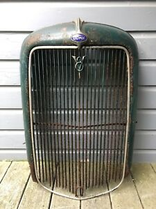 Vintage Antique Automobile Original 1932 Ford Car Radiator Grille Shell Rat Rod