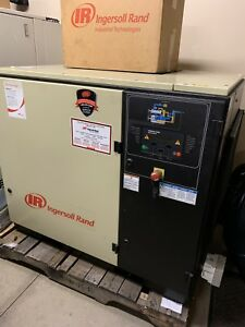 2004 Ingersoll Rand 30hp Rotary Screw Air Compressor