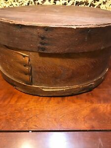 Early 19th C Round Shaker Type Pantry Box In Great Condition 16 Diameter
