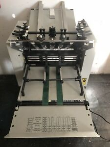 Am Multigraphics Model 142a Air Feed Paper Folder