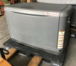 Used Honeywell 60hz Air cooled Generator 17 Kw 240v Engine Gt 990 Hours 2520 8