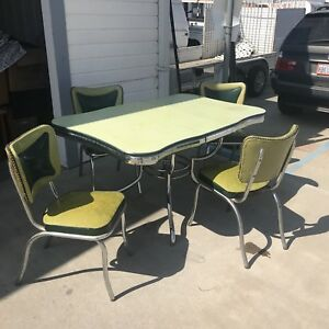 Vintage Chrome Formica Table And Chairs With Leaf Needs Tlc