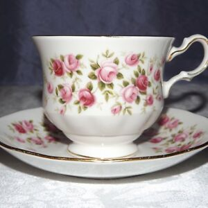 Vtg Floral Teacup And Saucer Queen Anne Bone China Cascade Roses So Sweet