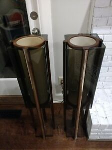 39 5 Tall Mid Century Modern Wood And Lucite Floor Lamp Set