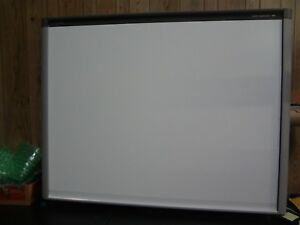 Smart Sbx880 77 Low gloss Surface Interactive Whiteboard
