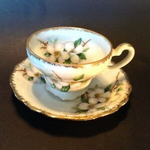 Hand Painted Demitasse Cup And Saucer White Dogwood With Gold Accents Japan