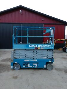 2009 Genie Gs3232 32 Electric Scissor Lift Manlift 32ft Platform Lift