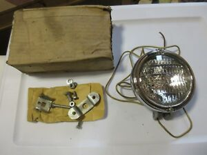 Nos Electroline 12 Volt Tractor Light Lamp