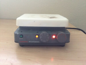 Corning Pc 320 Hot Plate Magnetic Stirrer 6 X 7 5