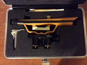 Berger Instruments Surveying Transit Optical Level Model 190b With Storage Case