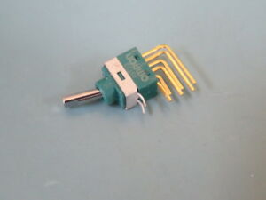 Omron Electronic Components A9t230023 Qty Of 25 Per Lot Switch Toggle Switch Ve
