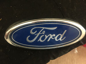 Vintage Car Emblem Ford Blue Silver 7 Inches Curved Cut
