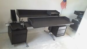 Herman Miller Bruce Burdick Desk modern 80 s Modular Excellent Condition