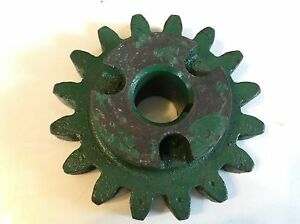 301642 A New 16 Tooth Drive Sprocket For A New Idea No 309 323 Corn Picker
