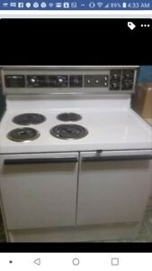 Vintage Electric Kitchen Stove