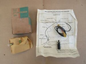 Nos 1957 1958 Chevrolet Accessory Glove Compartment Lamp Light Unit 987604