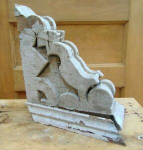 Antique Wooden Corbel Victorian White Distressed Paint 3