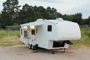8 X 33 2006 Used Mobile Kitchen Food Concession Trailer For Sale In Texas