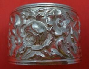 Repousse By Kirk Sterling Silver Napkin Ring Wide 1 5oz 1 7 8 X 1 1 4