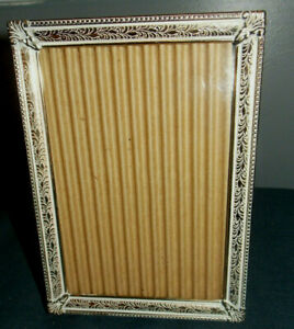 Unique Vintage Detailedwhite Washed Brass Metal 5 X 7 Picture Photo Frame
