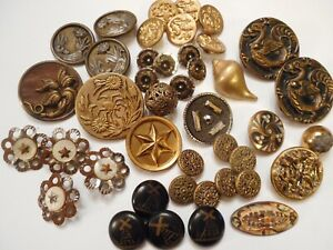 Dealer Collection Of Antique Metal And Brass Victorian Picture Clothing Buttons