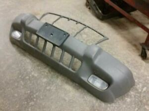 Front Bumper Textured With Fog Lamps Fits 99 03 Grand Cherokee 518909