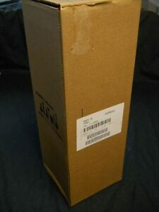 New In Box Graduated Cylinder 2000 Ml Pyrex 3024 2l