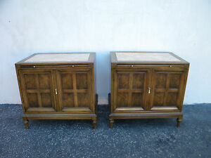 Mid Century Modern Pair Of Nightstands End Side Tables With Pull Out Tray 5791