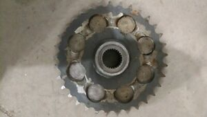 Front Axle Driven Sprocket Case 1840 1838 1835c H435243