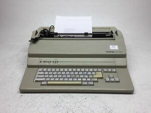 Brother Em 530 Daisy Wheel Electronic Typewriter W Ribbon Tested Fair Cond