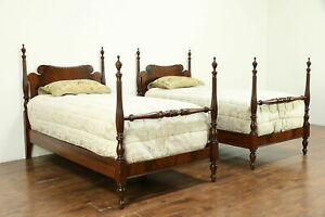 Traditional Sheraton Pair Of Vintage Twin Or Single Mahogany Poster Beds 30667