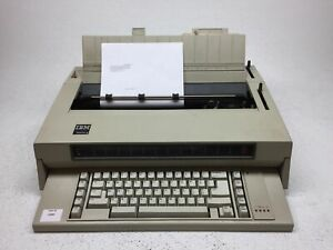 Vintage Ibm Wheelwriter 3 Series 6746 Electronic Typewriter Works Great
