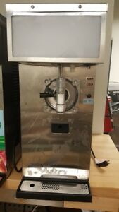 Taylor 428 12 Single Flavor Frozen Beverage smoothie Machine 115v