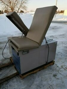 Ritter 104 Medical Exam Table Chair Stirrups Step Bed Drawers Athletic Therapy