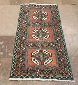 Hand Knotted Small Size Turkish Tribal Vintage Area Kilim Rug 1 48 X 3 15 Ft