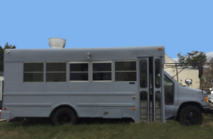 2000 Ford Kitchen Food Truck Bus Used Kitchen On Wheels For Sale In New York