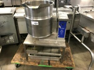 Cleveland 12 Gallon Electric Steam Jacketed Tilt Kettle