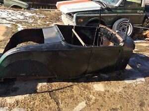 1928 1929 Ford Model A Roadster Body A T 32 34 37 Rat Rod Hot Rod