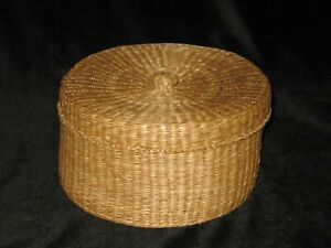 Vintage Woven Sewing Basket Collectible