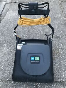 Tennant Commercial Vacuum Cleaner V wa 30 Industrial Strength