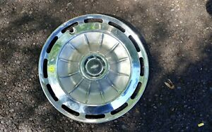 1962 Chevy Impala Biscayne Belair Hubcap Wheel Cover 14 Good Condition