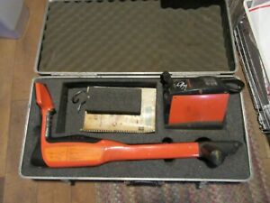Metrotech 810dx Cable pipe Locator And Transmitter With Case Underground Utility