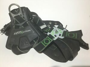 Miller Revolution Harness With Dualtech Webbing Front D ring removable Belt