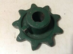 9 r A New 9 Tooth Sprocket For A Cole 100 200 300 350 400 500 Planters
