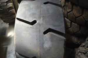 44x18 00 20 Tire 32ply Mining blemished 44180020