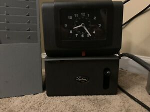 Lathem Time Clock recorder model 2121 working Condition has Keys used